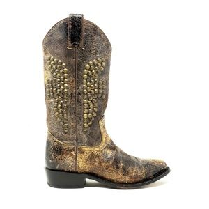 Frye Billy Distressed Studded Boot Size 7.5